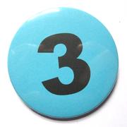 Button 59mm mit Zahlenreihe blau